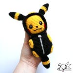 ♥ Amigurumi Pikachu in Umbreon SleepingBag