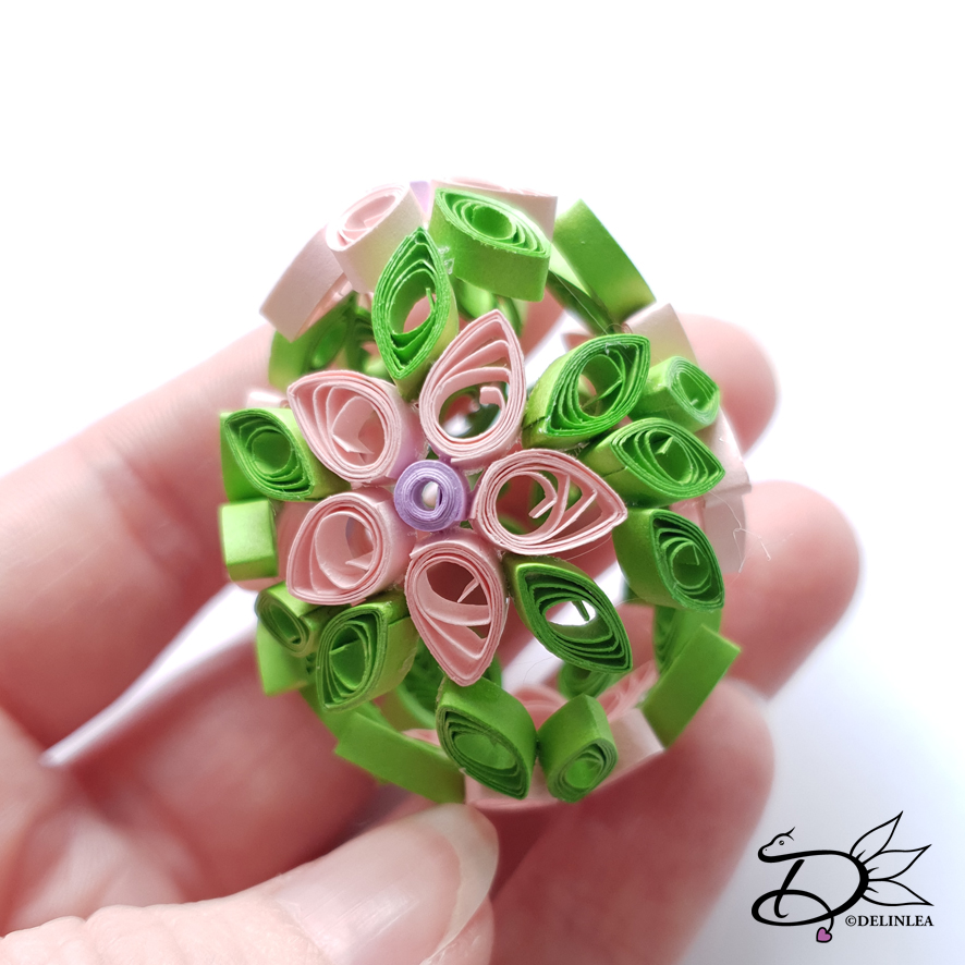 Paper Quilled Egg