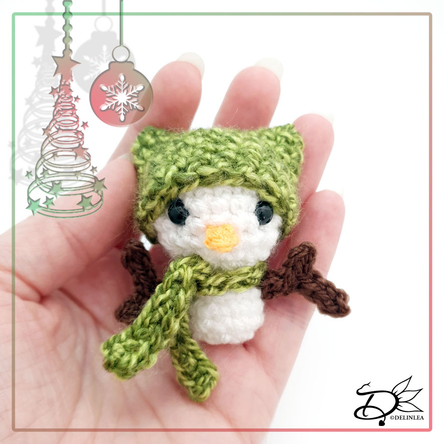 Christmas Snowman Made with Amigurumi