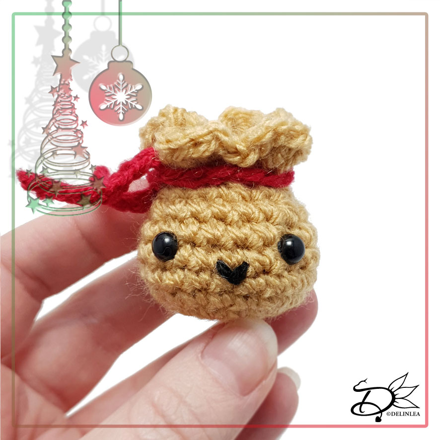 Santa's Bag made with Amigurumi