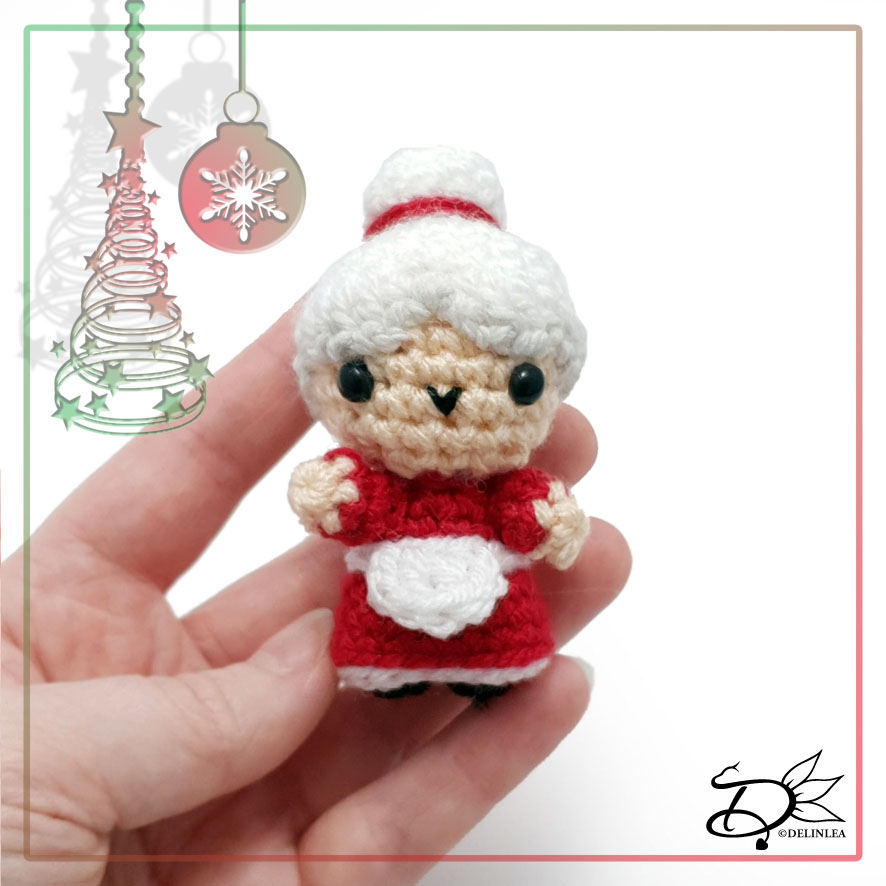 Mother Christmas made with Amigurumi