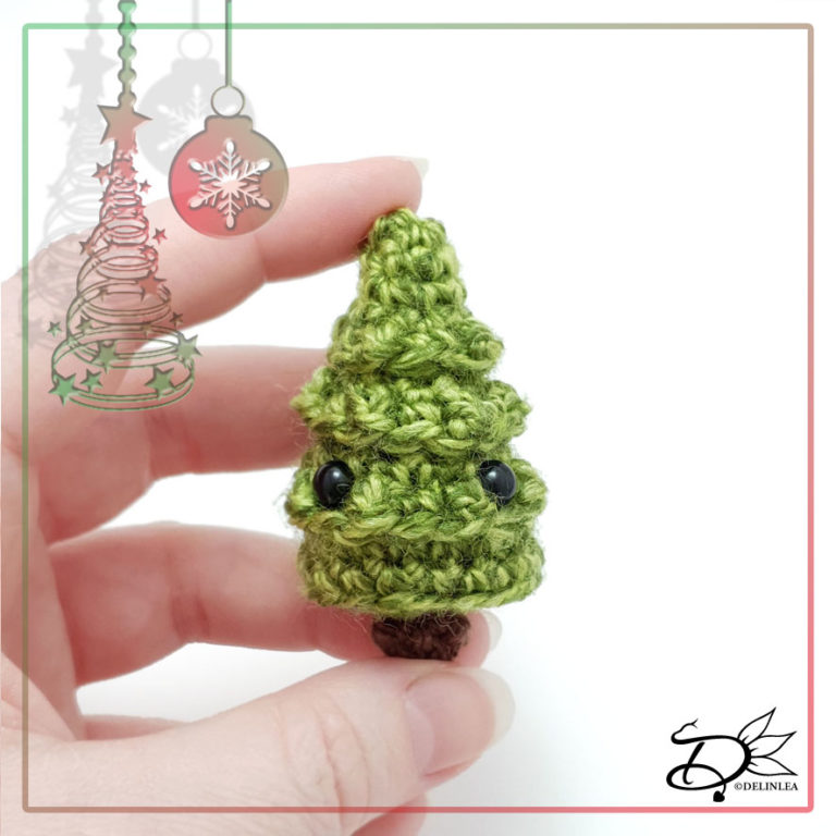 Christmas Tree made with Amigurumi