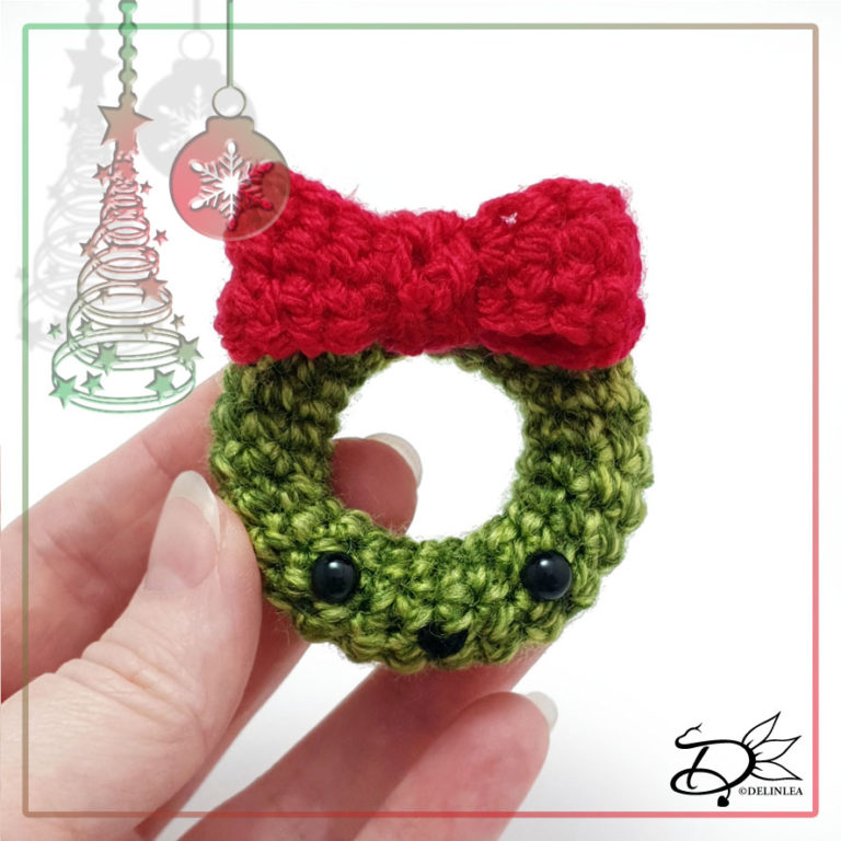 Christmas Wreath made with Amigurumi
