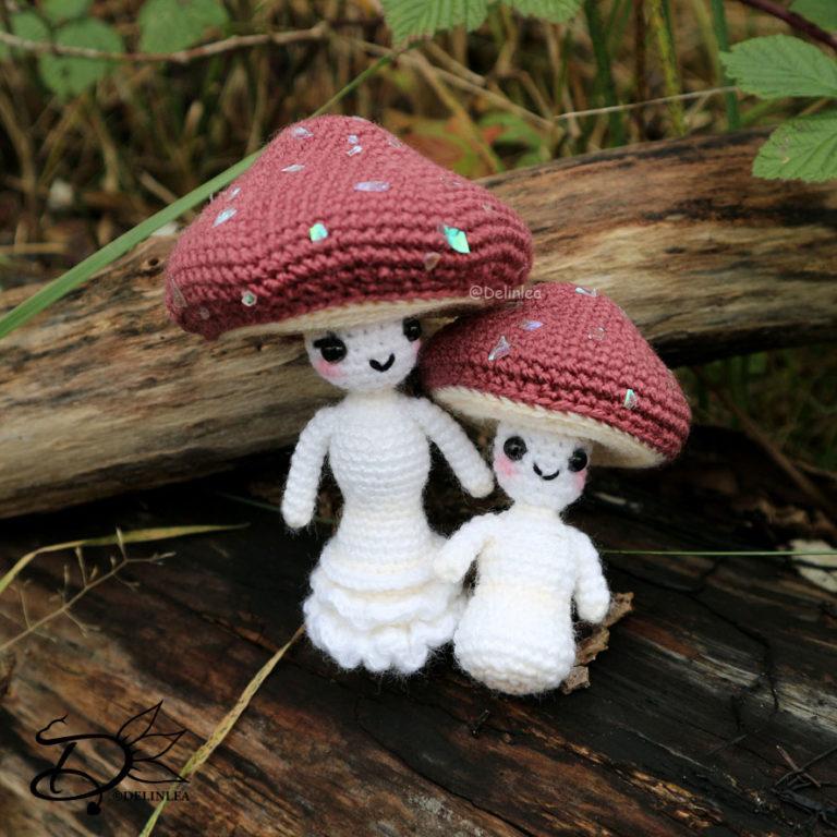 Mushroom Lady & Kid amigurumi image
