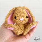 ♥ Free Pattern; Easter Bunny